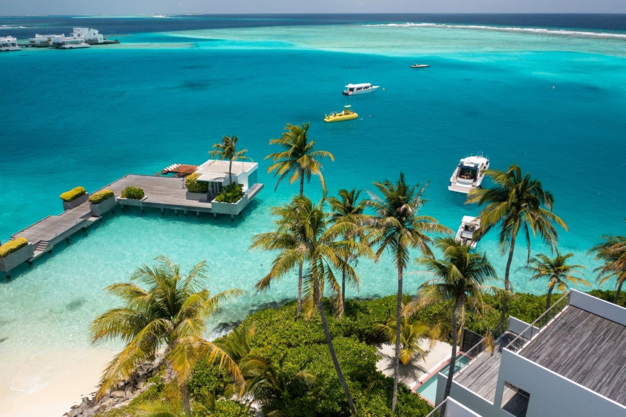 Best Places to Stay in Maldives w/ Kochi to Maldives Honeymoon Packages