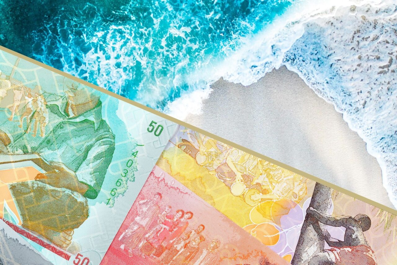 Currency in Maldives (Handy Guide on Maldivian Rufiyaa)