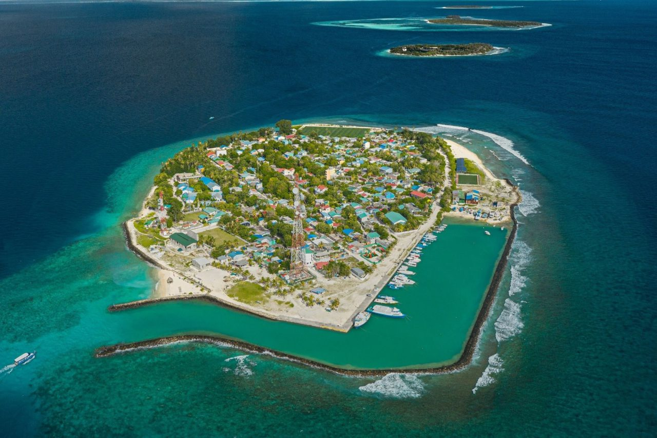 Popular Places to visit in Maldives w/ Kochi to Maldives Honeymoon Packages